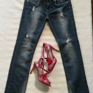 Dollhouse Distressed Skinny Jeans Size 5